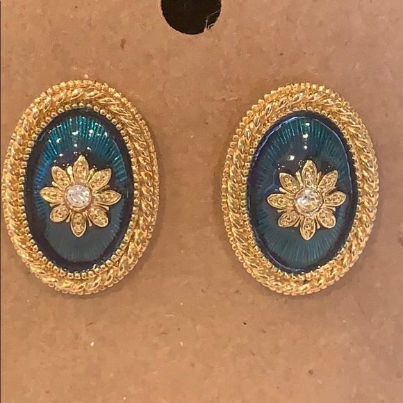 💐5/35 Avon classic oval enamel crystal gold edge